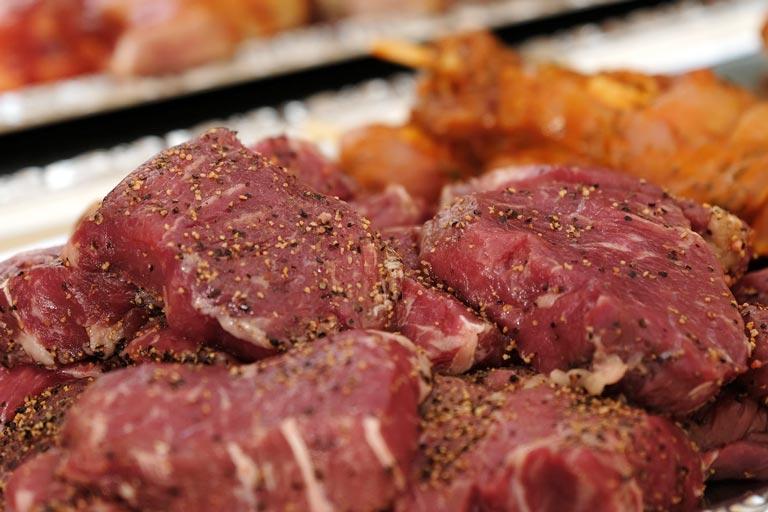 Detailfoto von fein gewürzten Filet vom Grillbuffet von Partyservice Rode