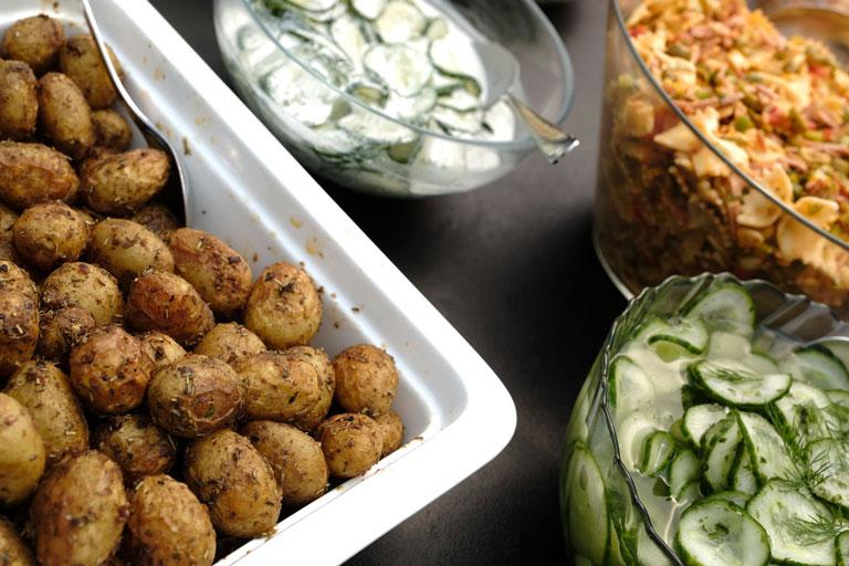 Leckere Beilagen und Salate von Partyservice Rode